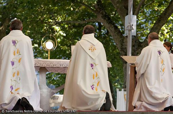 Media Library - Eucharist 2